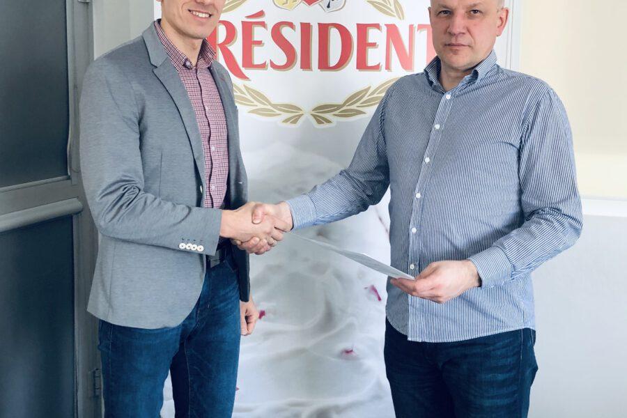 "Zakład Mleczarski Winnica sponsorem klubu LUKS ""Lider"""